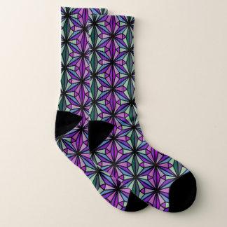 Pourpre et chaussettes géométriques élégantes