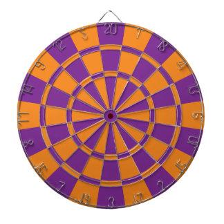 Pourpre et orange jeux de fléchettes