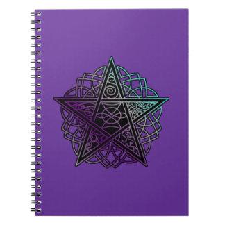 Pourpre et pentagramme complexe d'aqua carnets à spirale