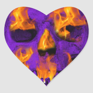 Pourpre flamboyant de crâne sticker cœur