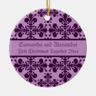Pourpre royal de damassé et Noël de lavande Ornement Rond En Céramique