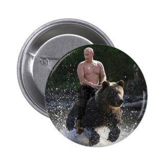 Poutine monte un ours ! badge