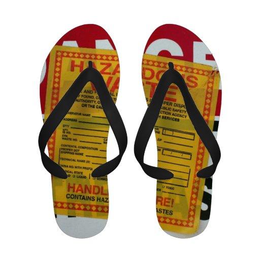 Précaution : Déchets dangereux Chaussures De Plage