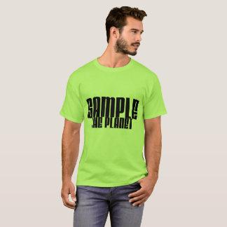 Prélevez la pièce en t de base de planète t-shirt