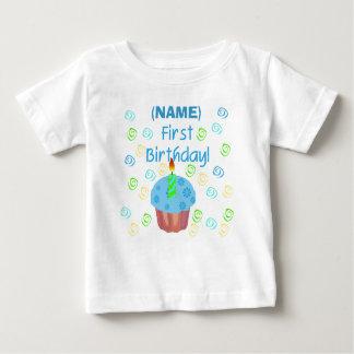 Premier anniversaire de petit gâteau bleu t-shirt pour bébé