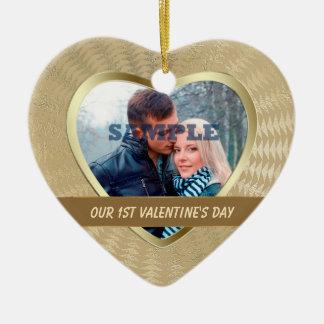 Premier ornement de Valentine d'or élégant