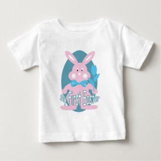 Premier T-shirt rose de bébé de lapin de Pâques