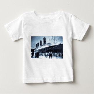 Premier voyage du Lusitania de RMS, 13 Septemeber T-shirt Pour Bébé
