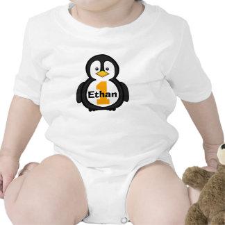 Première chemise d'anniversaire de pingouin t-shirts