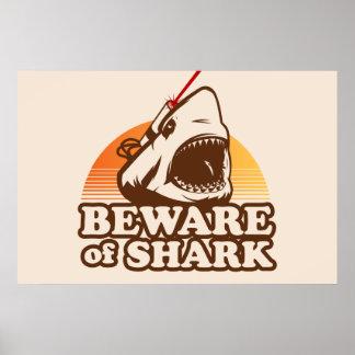 Prenez garde des requins avec des rayons laser De  Poster