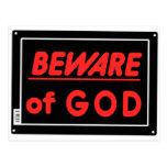 Prenez garde du signe de yard de parodie de Dieu Carte Postale