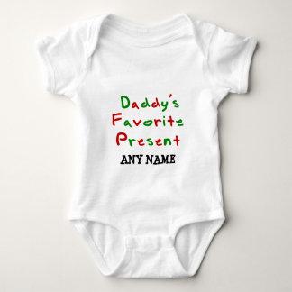 Présent du favori de la maman et du papa t-shirt