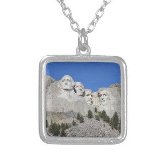 Présidents Etats-Unis Amérique du mont Rushmore le Collier