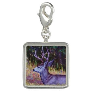 Prince de forêt, mâle de cerfs communs de mule breloques
