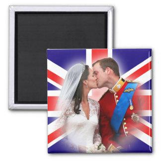 Prince William et aimant de baiser de balcon de