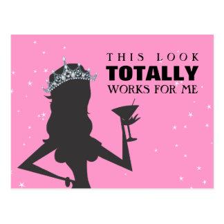 Princesse de diadème avec une carte postale drôle