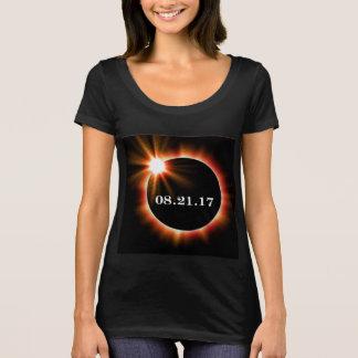 Prochain T-shirt de niveau d'éclipse de cou du