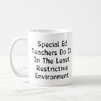 Professeurs spéciaux d'Ed Mug Blanc