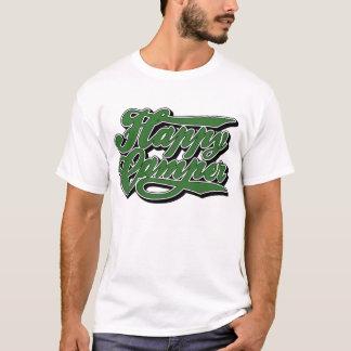 Profondément satisfait dans le T-shirt vert