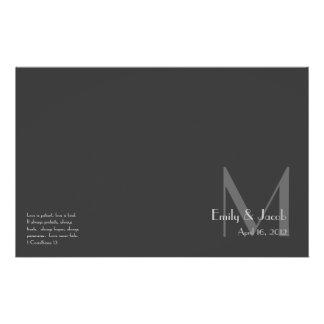 Programmes gris modernes de mariage de monogramme prospectus 14 cm x 21,6 cm