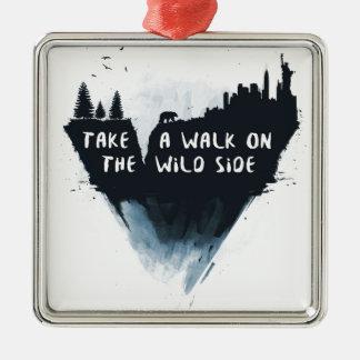 Promenade du côté sauvage ornement carré argenté