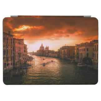 Protection iPad Air Beau canal historique de Venise, Italie