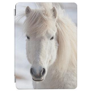 Protection iPad Air Fermez-vous d'un cheval islandais blanc
