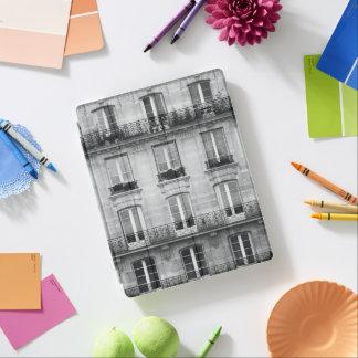 Protection iPad Bâtiment vintage noir et blanc du voyage | à Paris