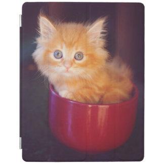 Protection iPad Chaton orange dans une tasse rouge