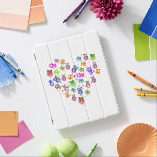 Protection iPad Étoiles de coeur de hiboux d'arc-en-ciel