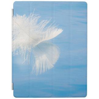 Protection iPad La plume blanche réfléchit sur l'eau | Seabeck, WA
