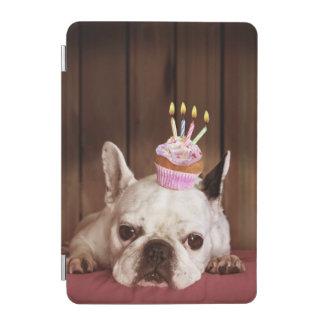Protection iPad Mini Bouledogue français avec le petit gâteau