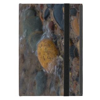 Protection iPad Mini L'eau a couvert des cailloux