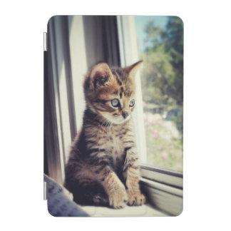 Protection iPad Mini Observation tigrée de chaton