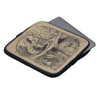 Protection Pour Ordinateur Portable Alice vintage dans le narguilé Caterpillar du pays