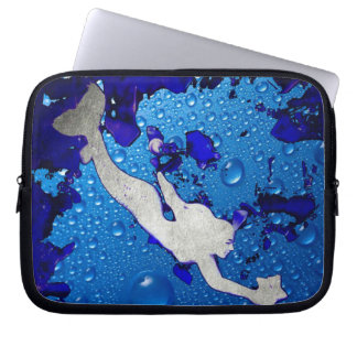 Protection Pour Ordinateur Portable Art de sirène de natation par Lita Kelley