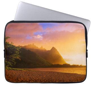 Protection Pour Ordinateur Portable Coucher du soleil d'or de plage, Hawaï