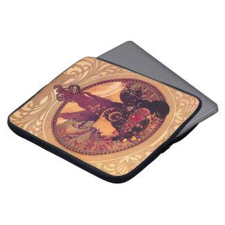 Protection Pour Ordinateur Portable Donna Orechini par Alphonse Mucha