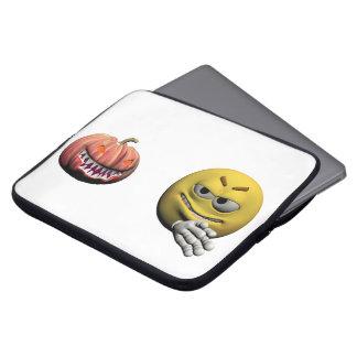 Protection Pour Ordinateur Portable Émoticône jaune ou smiley de Halloween