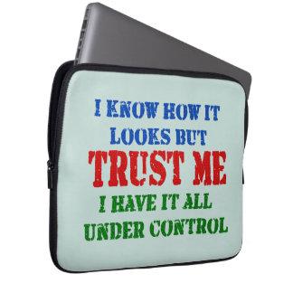 Protection Pour Ordinateur Portable Faites- confiancemoi -- Tous sous le contrôle