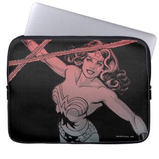 Protection Pour Ordinateur Portable Femme de merveille avec schéma bleu rouge gradient