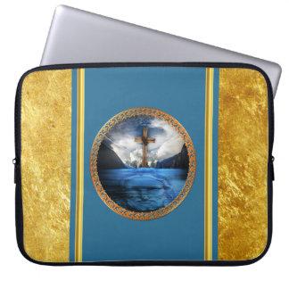 Protection Pour Ordinateur Portable Jésus en mer avec une croix et une feuille d'or en