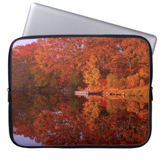 Protection Pour Ordinateur Portable La réflexion de l'automne