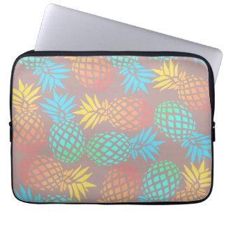 Protection Pour Ordinateur Portable motif coloré tropical d'ananas d'été élégant