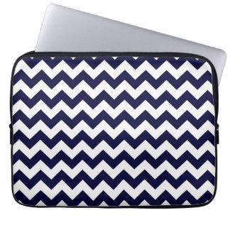 Protection Pour Ordinateur Portable Motif en zig-zag blanc de Chevron de bleu marine