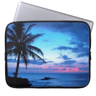 Protection Pour Ordinateur Portable Photo bleue de coucher du soleil d'île de plage de