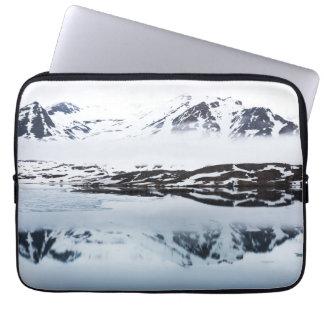 Protection Pour Ordinateur Portable Réflexions de montagne, Norvège