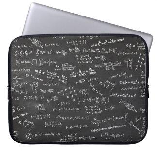 Protection Pour Ordinateur Portable Tableau noir avec des formules et des nombres de