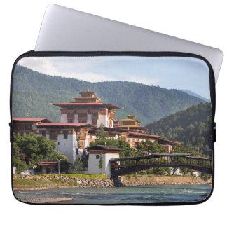 Protection Pour Ordinateur Portable Temple bouddhiste par la rivière