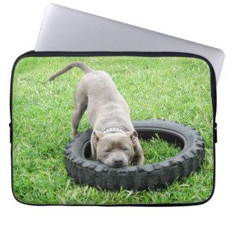 Protection Pour Ordinateur Portable Temps bleu de jeu de bull-terrier du